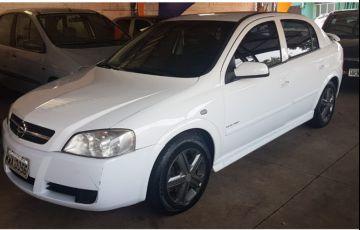 Chevrolet Astra Hatch Elegance 2.0 (Flex) - Foto #3