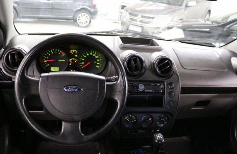 Ford Fiesta 1.0 MPI 8V - Foto #10