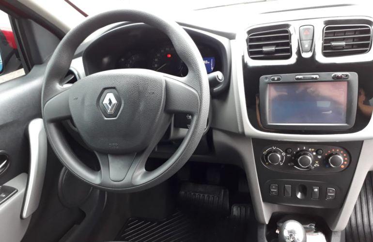 Renault Logan Expression Pack Avantage 1.0 12V SCe (Flex) - Foto #9