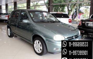 Chevrolet Corsa Hatch GLS 1.6 MPFi