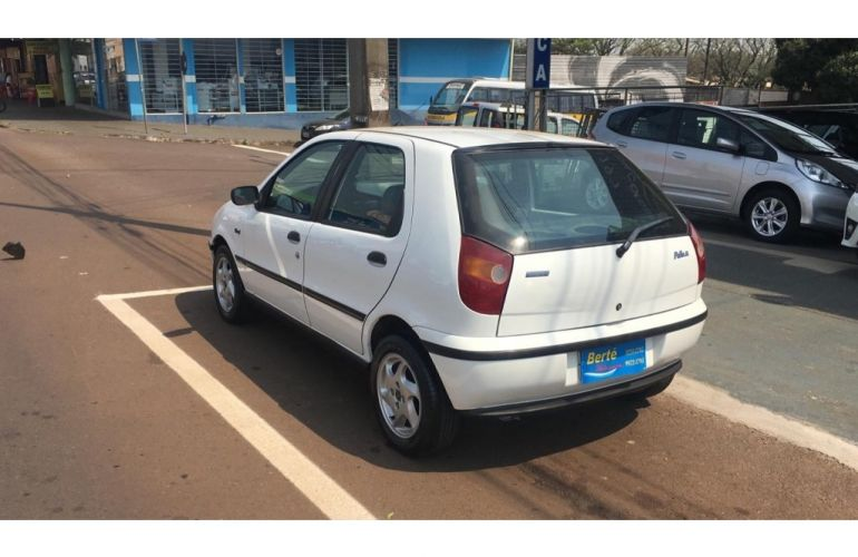 Fiat Palio EL 1.5 MPi 4p - Foto #4