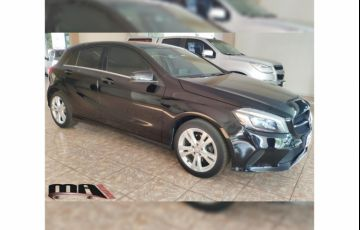 Mercedes-Benz Classe A 200 Urban 1.6 DCT Turbo - Foto #3