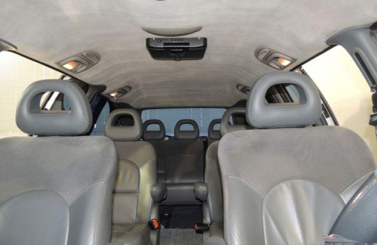 Chrysler Grand Caravan Limited 4X2 3.3 V6 12V - Foto #6