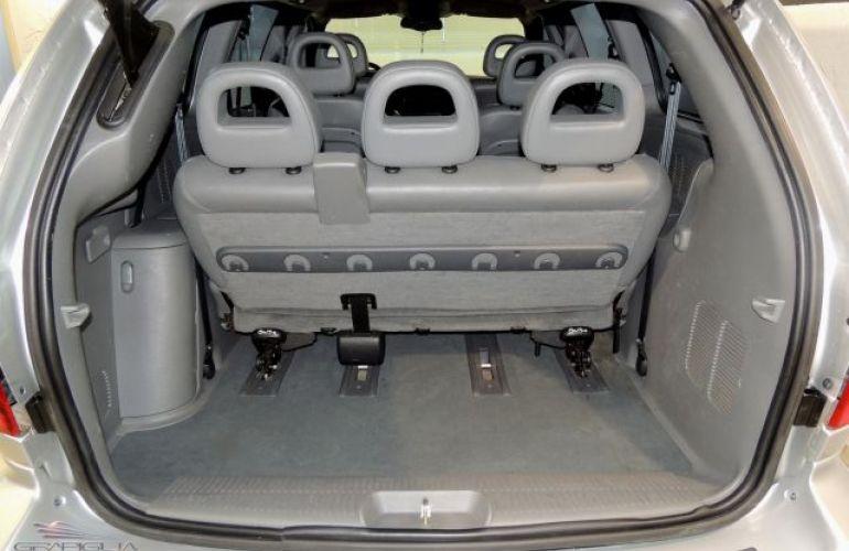 Chrysler Grand Caravan Limited 4X2 3.3 V6 12V - Foto #9