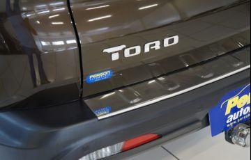 Fiat Toro Volcano 2.0 diesel AT9 4x4 - Foto #7