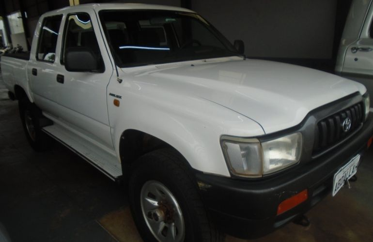 Toyota Hilux DX 4x4 3.0 (cab. dupla) - Foto #3