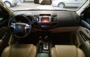 Toyota Hilux SW4 3.0 TDI 4x4 SRV 5L - Foto #9