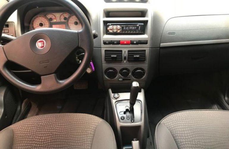 Fiat Palio Weekend Adventure Dualogic 1.8 16V Flex - Foto #4