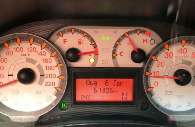 Fiat Palio Weekend Adventure Dualogic 1.8 16V Flex - Foto #6