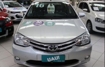 Toyota Etios Platinum 1.5 16V Flex - Foto #4