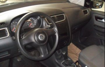 Volkswagen Fox 1.0 Mi 8V Total Flex - Foto #4