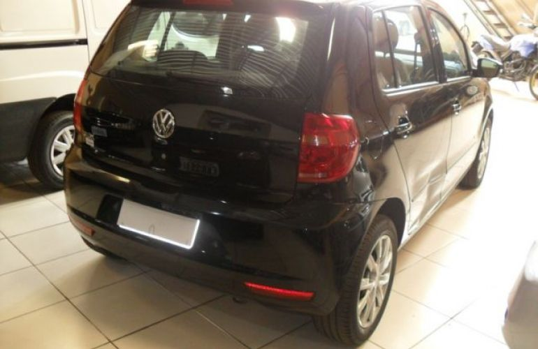Volkswagen Fox 1.0 Mi 8V Total Flex - Foto #9