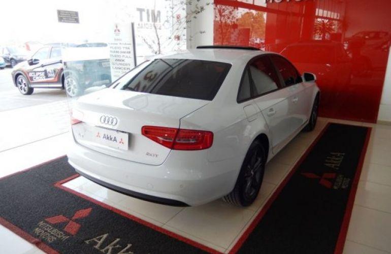 Audi A4 2.0 16V TFSI - Foto #5