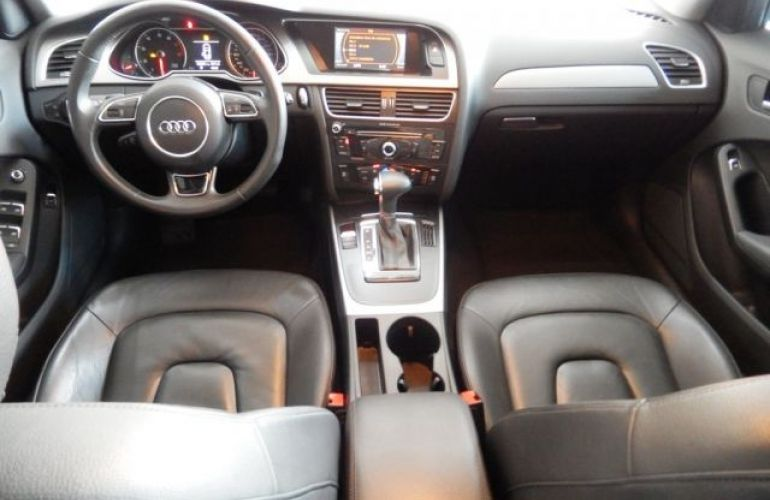 Audi A4 2.0 16V TFSI - Foto #7