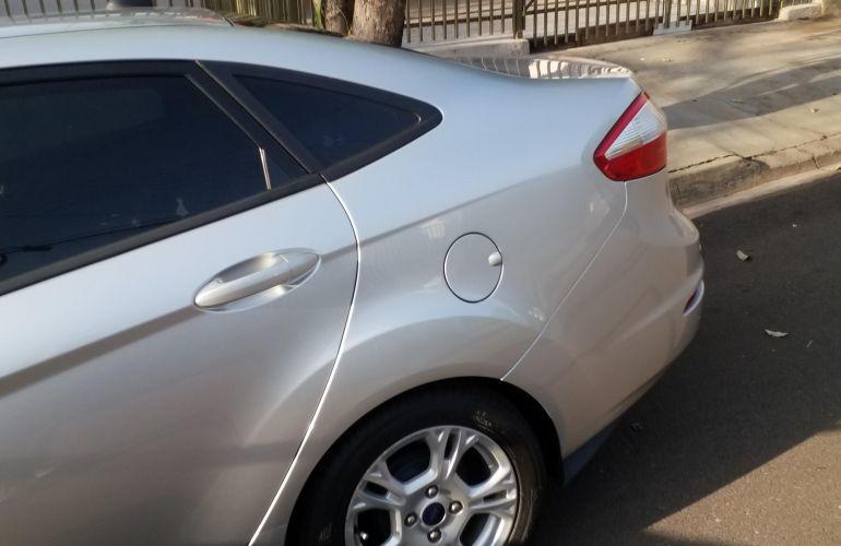 Ford Fiesta Sedan SE Plus 1.0 RoCam (Flex) - Foto #3