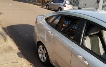 Ford Fiesta Sedan SE Plus 1.0 RoCam (Flex) - Foto #9