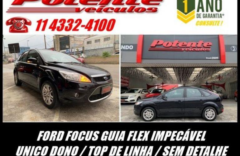Ford Focus Ghia 2.0 16V Flex - Foto #1