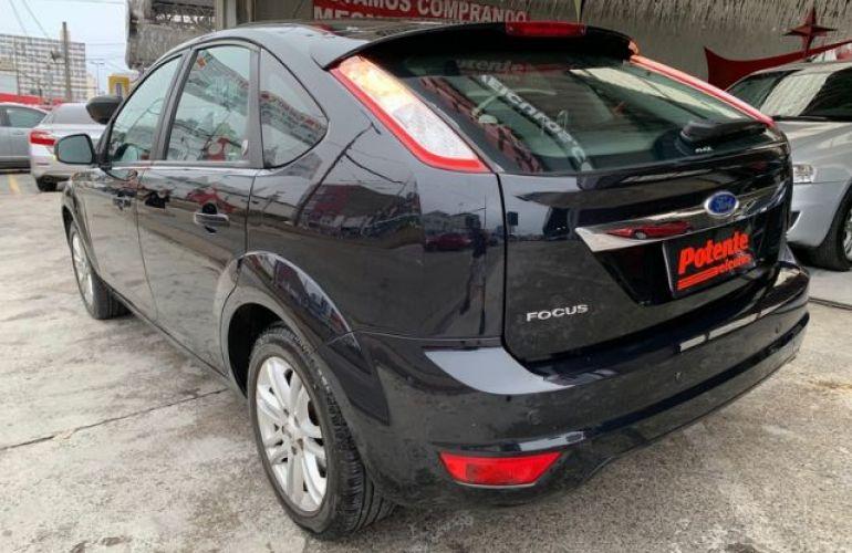Ford Focus Ghia 2.0 16V Flex - Foto #7
