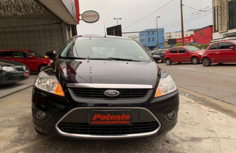 Ford Focus Ghia 2.0 16V Flex - Foto #9