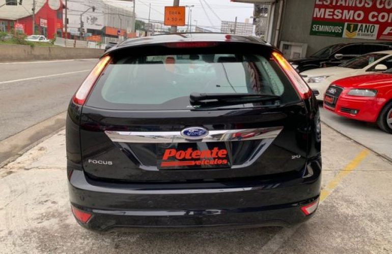 Ford Focus Ghia 2.0 16V Flex - Foto #10
