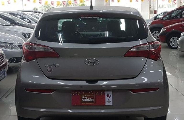 Hyundai HB20 Comfort 1.0 Flex 12V - Foto #5
