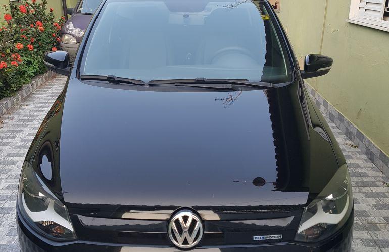 Volkswagen Fox 1.0 TEC BlueMotion (Flex) 4p - Foto #2
