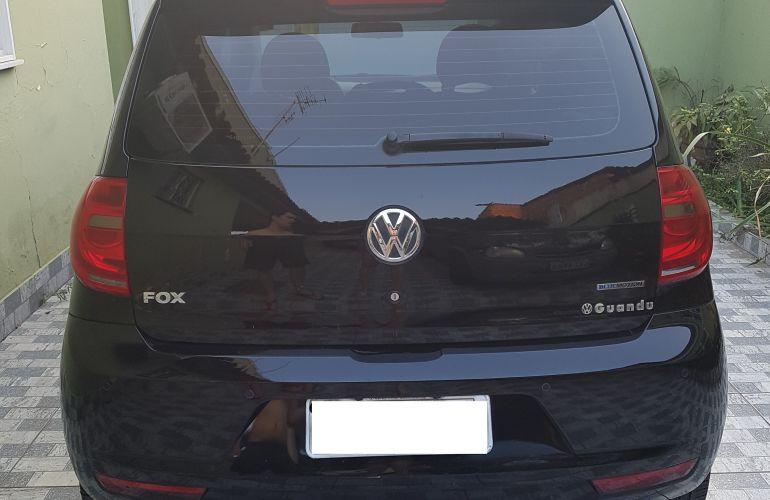 Volkswagen Fox 1.0 TEC BlueMotion (Flex) 4p - Foto #6