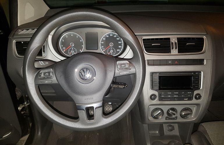 Volkswagen Fox 1.0 TEC BlueMotion (Flex) 4p - Foto #9
