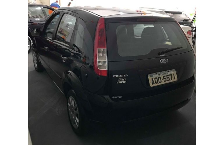 Ford Fiesta Hatch 1.0 (Flex) - Foto #3