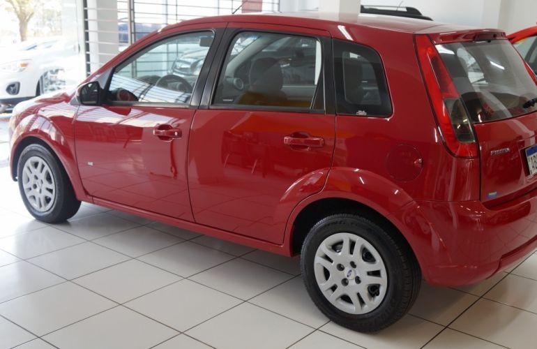 Ford Fiesta Hatch  SE Plus 1.6 RoCam (Flex) - Foto #4