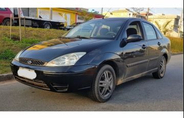 Ford Focus Sedan GLX 2.0 16V (Aut) - Foto #2