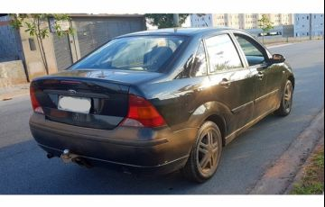 Ford Focus Sedan GLX 2.0 16V (Aut) - Foto #3
