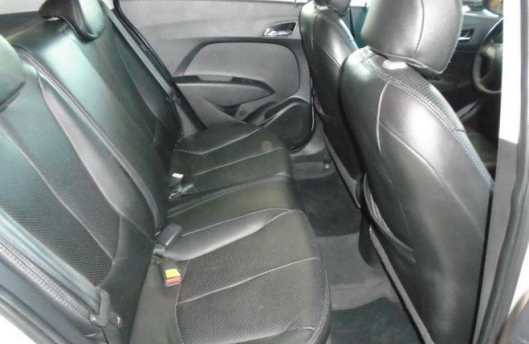 Hyundai HB20X Premium 1.6 Gamma Flex 16V - Foto #5