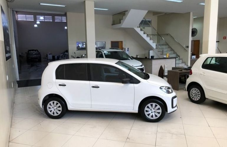 Volkswagen up! Take 1.0l MPI Total Flex - Foto #9