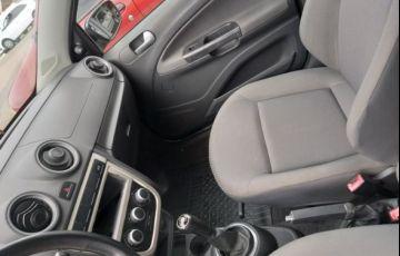 Volkswagen Voyage 1.0 Mi 8V Total Flex - Foto #10