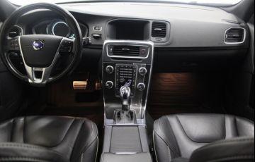Volvo V60 3.0 T6 R-Design AWD - Foto #7