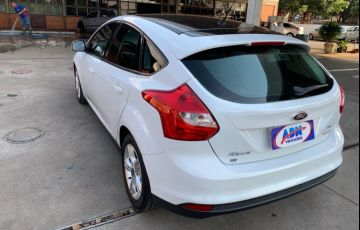 Ford Focus Hatch S 1.6 16V TiVCT PowerShift - Foto #4