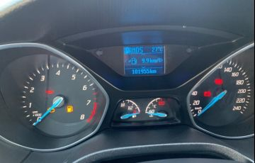 Ford Focus Hatch S 1.6 16V TiVCT PowerShift - Foto #5