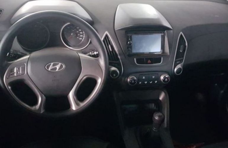 Hyundai IX35 4X2 2.0 mpi 16V - Foto #4