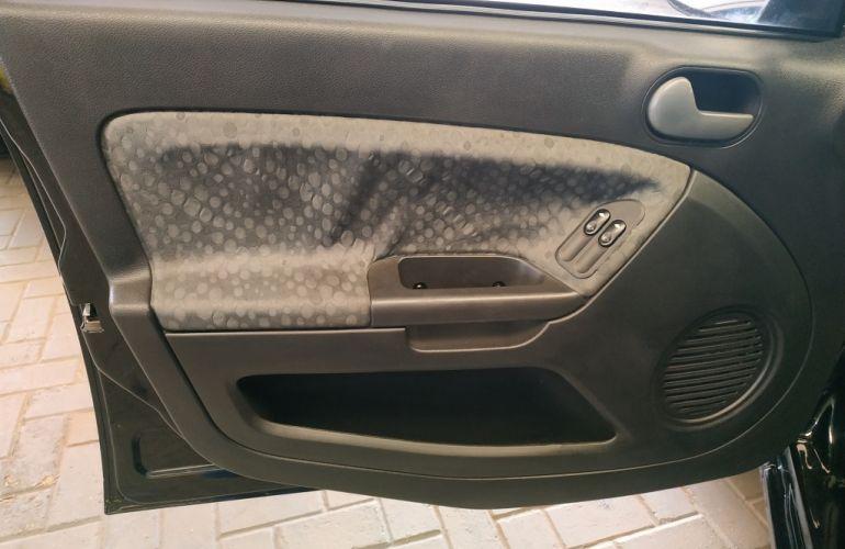 Ford Fiesta Hatch Class 1.0 (Flex) - Foto #10