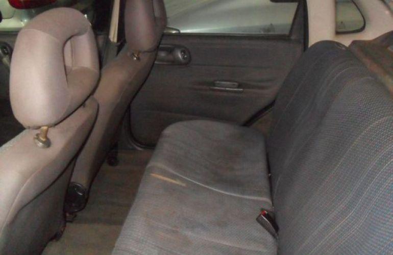 Chevrolet Corsa Sedan Super 1.0 Mpfi 8V - Foto #7