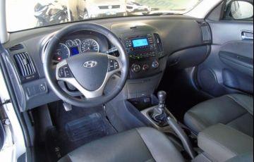 Hyundai i30 CW GLS 2.0 Mpfi 16V - Foto #5