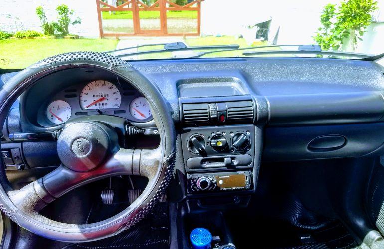 Chevrolet Corsa Sedan Wind 1.0 MPFi - Foto #5