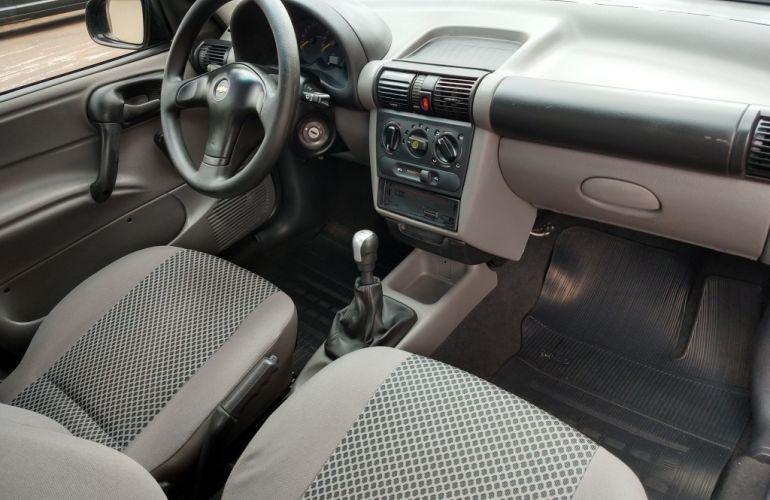 Chevrolet Corsa Sedan 1.0 8V - Foto #3