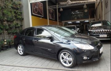 Ford Focus SE Plus 2.0 PowerShift