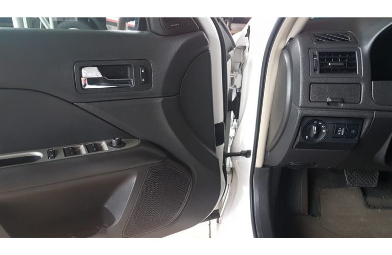 Ford Fusion 3.0 V6 SEL FWD - Foto #5