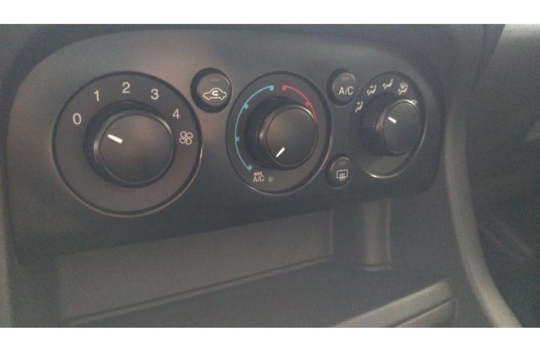 Peugeot Partner Furgão 1.6 16V (Flex) - Foto #10