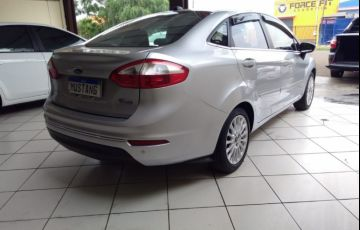 Fiat Siena Essence 1.6 16V (Flex) - Foto #5