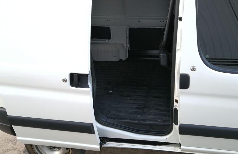 Peugeot Partner Furgão Porta Lateral 1.6 16V (Flex) - Foto #1