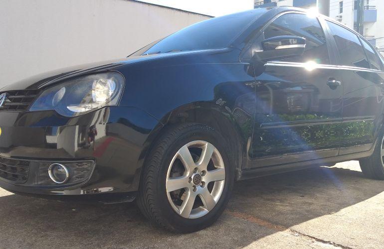 Volkswagen Polo Sedan Comfortline 1.6 8V (Flex) - Foto #4